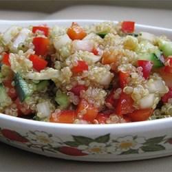 quinoa salat 10 gesunde teils vegane rezepte. Black Bedroom Furniture Sets. Home Design Ideas